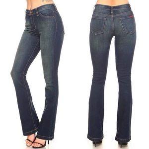 Denim - High rise boot cut jeans 👖🥰